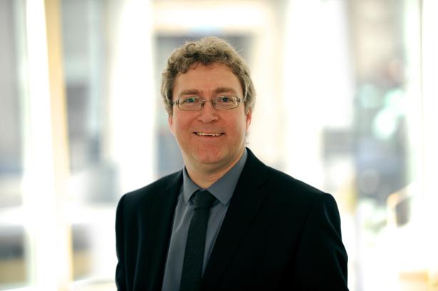 Dr. Stuart Thomson