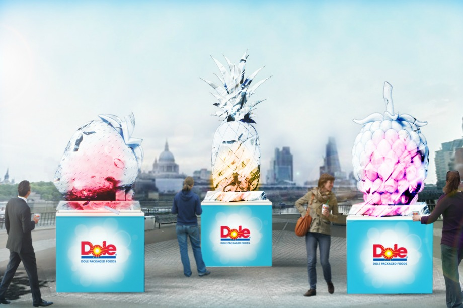Dole creates giant ice sculpture for smoothie stunt
