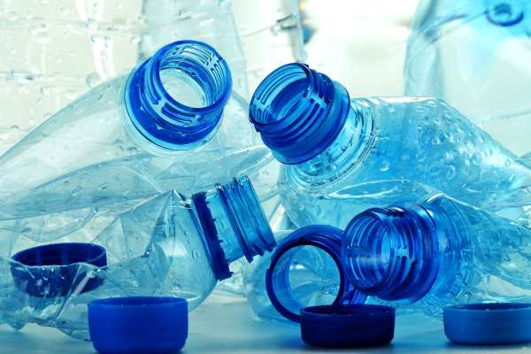 Plastic bottles. Photograph: monticello / 123RF